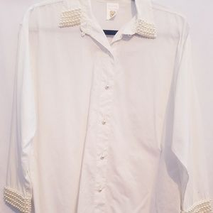 Clock House Tops - Long sleeve white button down blouse